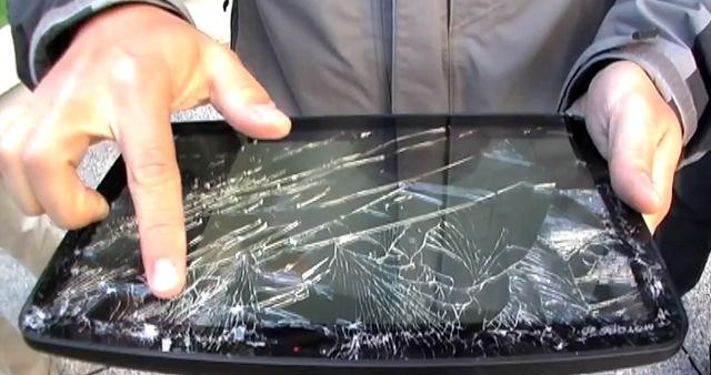 Разбитое стекло Motorola Xoom