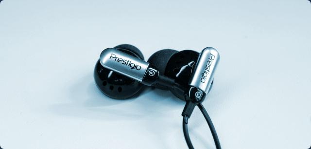 Prestigio MultiPad PMP7070C - комплектные наушники