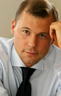 Дмитрий Старшинов