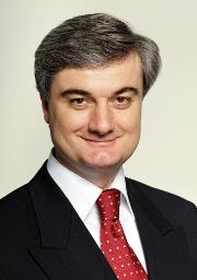 Старший директор по стратегическому планированию, взаимодействию с государственными органами и правовой поддержке «Tele2 Россия» Мамука Мархулия